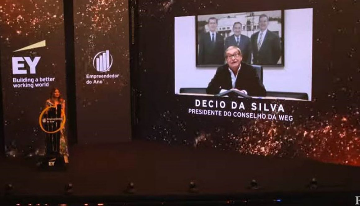 WEG´s Chairman of the Board is honored with the Entrepreneur of the Year Brazil Award